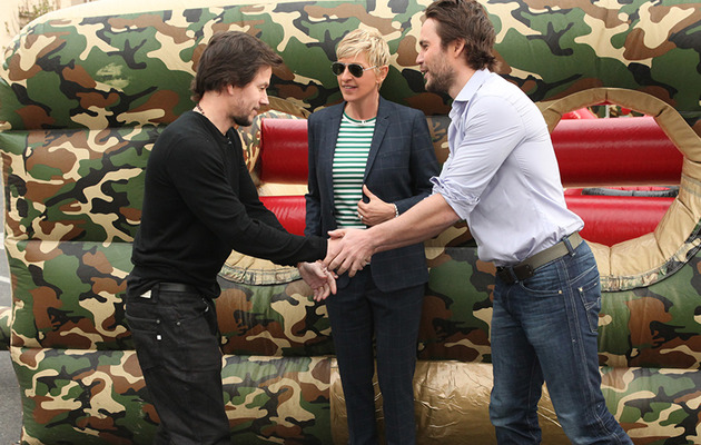 "Mark Wahlberg & Taylor Kitsch Race Through ""Ellen"" Obstacle Course"