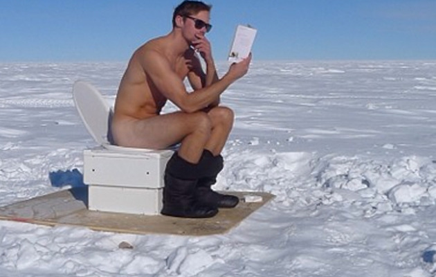 Alexander Skarsgard Goes Naked In South Pole!