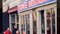 'Seinfeld' -- Jerry and George REUNITED at Tom's Restaurant