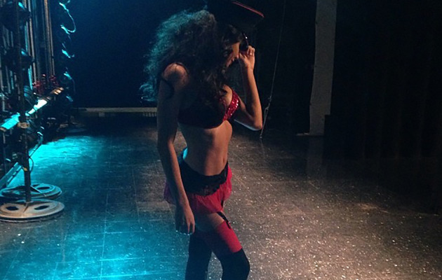 "Naya Rivera Strips Down to Lingerie in ""Glee's"" 100th Episode"