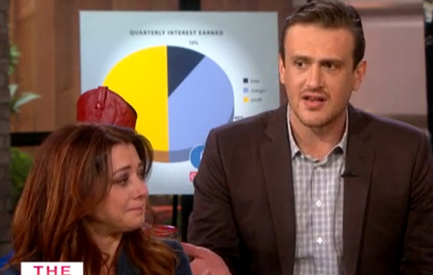 "Alyson Hannigan Cries Over Saying Goodbye to ""HIMYM"" Husband Jason Segel!"