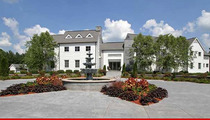 Ex-Seahawks Star Walter Jones -- Buy My Mansion ... Get a Football Field