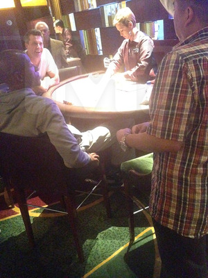 Ray Allen -- DROPS $10K PER HAND ... In High Stakes Vegas Blackjack