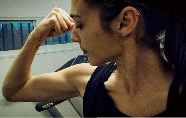 "Gal Gadot Shows Off Muscles from ""Batman Vs. Superman"" Training"