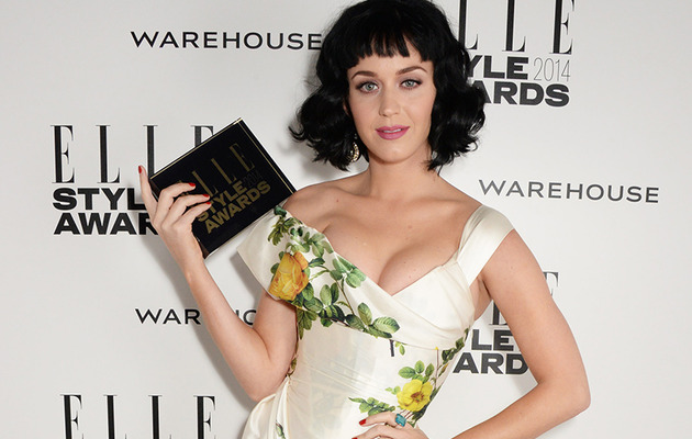 Katy Perry Shows Major Cleavage at Elle Style Awards!