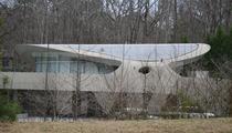 Justin Bieber -- Rents Famous ATL Spaceship Mansion