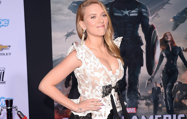 ScarJo Flaunts Crazy Cleavage at Premiere -- But Is There a Bump?