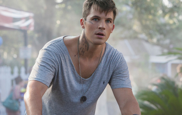 """""""Star Crossed"""" Stud Matt Lanter Talks Shirtless Scenes, Says """"I Can't Get Out of High…"""