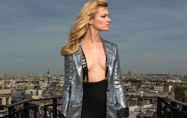 """2 Broke Girls"" Star Beth Behrs Goes Topless for Parisian Photo Shoot"