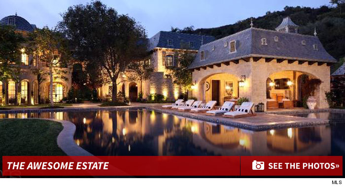 Tom brady and gisele selling mega estate in l a Tom brady sells boston homes