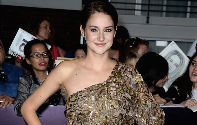 """Divergent"" Star Shailene Woodley Talks Tris, Survival Skills & Sex Tapes!"