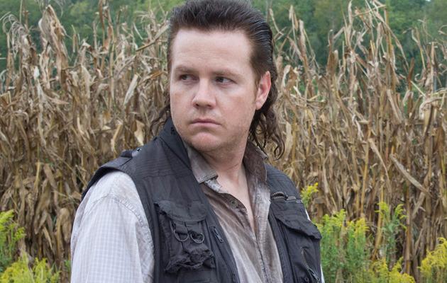 """""""Walking Dead"""" Star Josh McDermitt Talks Mullets, Cannibals & Potential Glenn Hookup!"""