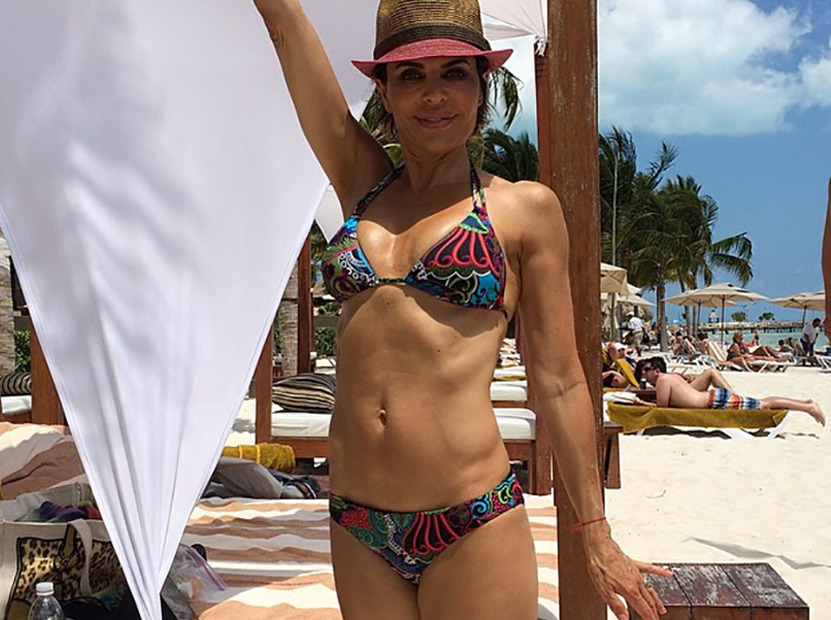 Lisa Rinna 50 Flaunts Amazing Bikini Body On Family