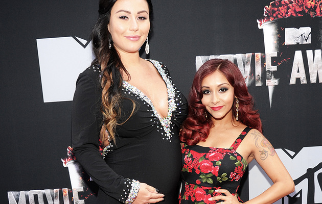 Pregnant Jwoww & Snooki Hit The MTV Movie Awards Red Carpet!