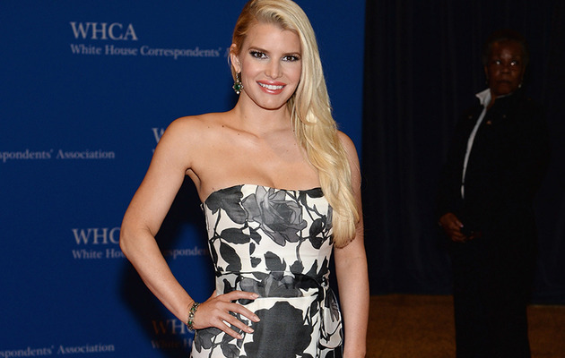 Jessica Simpson Stuns at White House Correspondents' Dinner