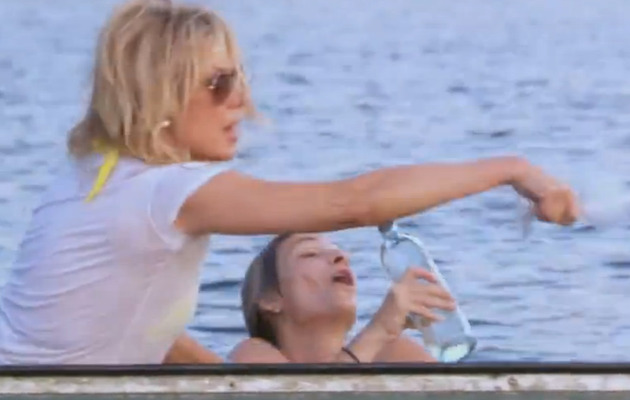 Ramona Singer Cracks Costar's Lip Open Over Wet Hair!