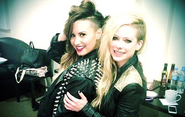 "Demi Lovato & Avril Lavigne Rock Matching Looks, Say They're ""Twins"""