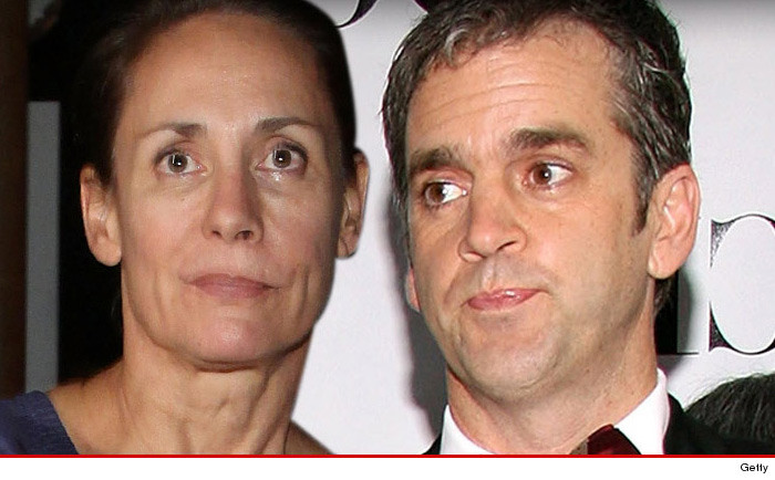 roseanne star laurie metcalf typical hollywood divorce she gets the tractor