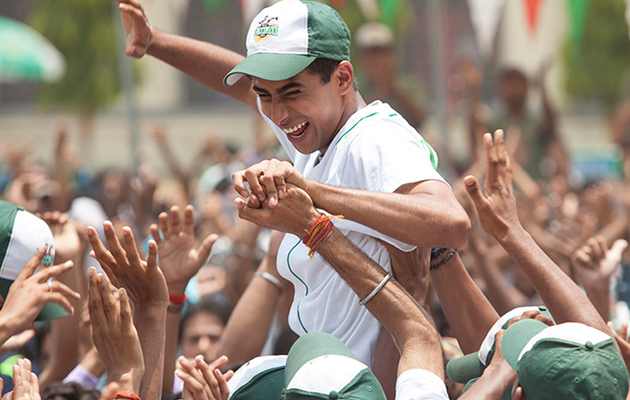"""Million Dollar Arm"" Star Talks Training, College & Jon Hamm's Awesomeness"