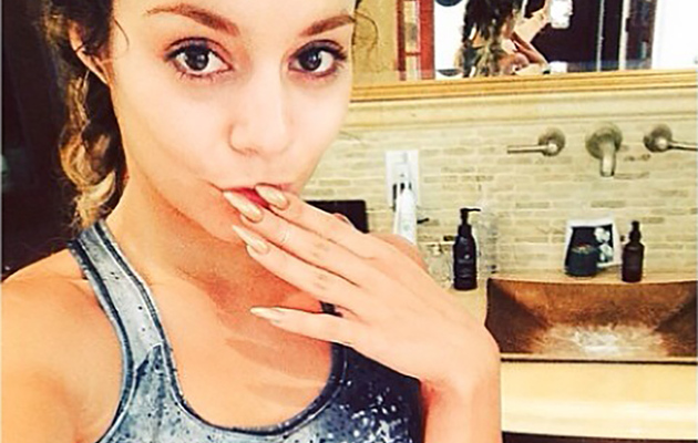 Vanessa Hudgens Flaunts Toned Abs in Sexy Gym Selfie