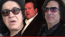 Eric Stonestreet Beefs with Kiss Over Perceived Mom Diss