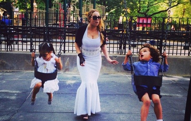 Of Course This Is What Mariah Carey Wears to the Playground