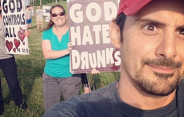 Brad Paisley Photobombs Westboro Baptist Church Protesters