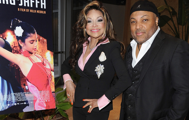 La Toya Jackson Engaged to Jeffre Phillips -- See the Massive Ring!