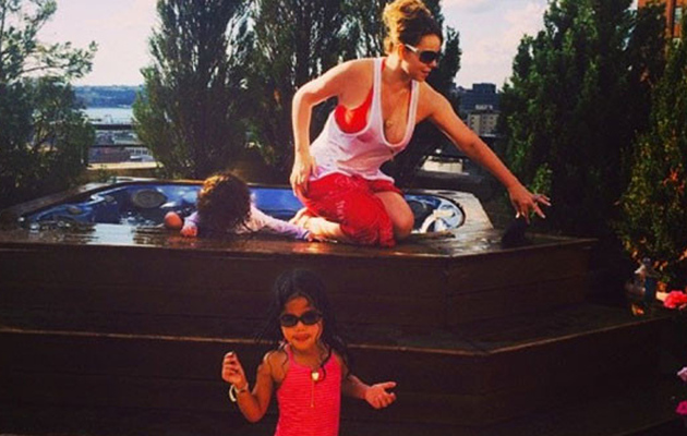 Mariah Carey's Twins, 3, Take Dip in the Jacuzzi -- See the Cute Pics!