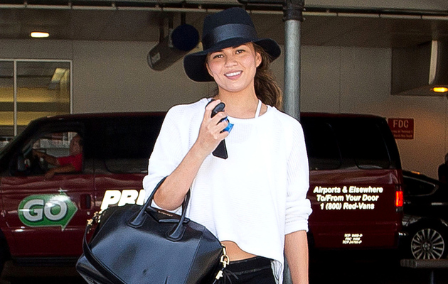 Chrissy Teigen Goes Without Makeup -- See the Fresh-Faced Pic!