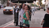 Landon Donovan -- Hot Date with New Chick ... Who Needs Brazil?!