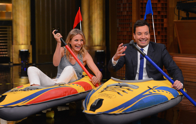Watch Cameron Diaz and Jimmy Fallon Compete in Hilarious Kayak Race
