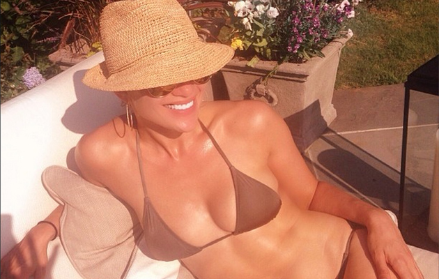 Jennifer Lopez, 44, Flaunts Insanely Hot Bikini Bod