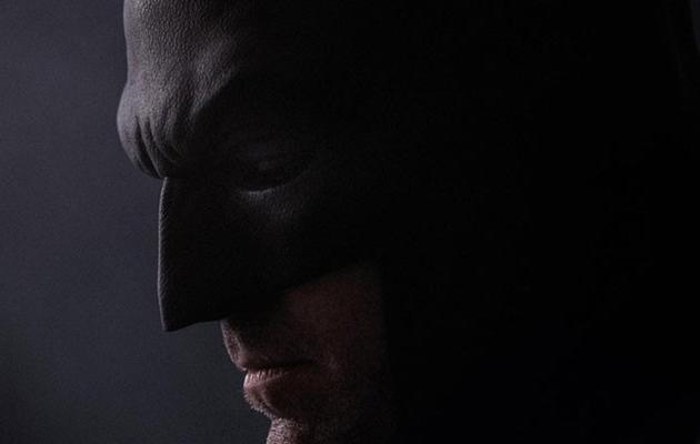 """See Ben Affleck As A Brooding Batman In New """"Batman v Superman"""" Pic!"""