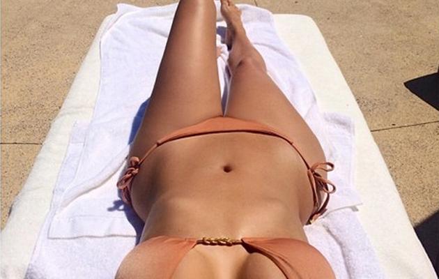 Kim Kardashian Flaunts Killer Curves in Sexy Bikini Pic