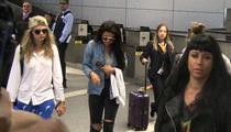 Selena Gomez & Cara Delevingne -- Just a Friendly Pap Crush (VIDEO)