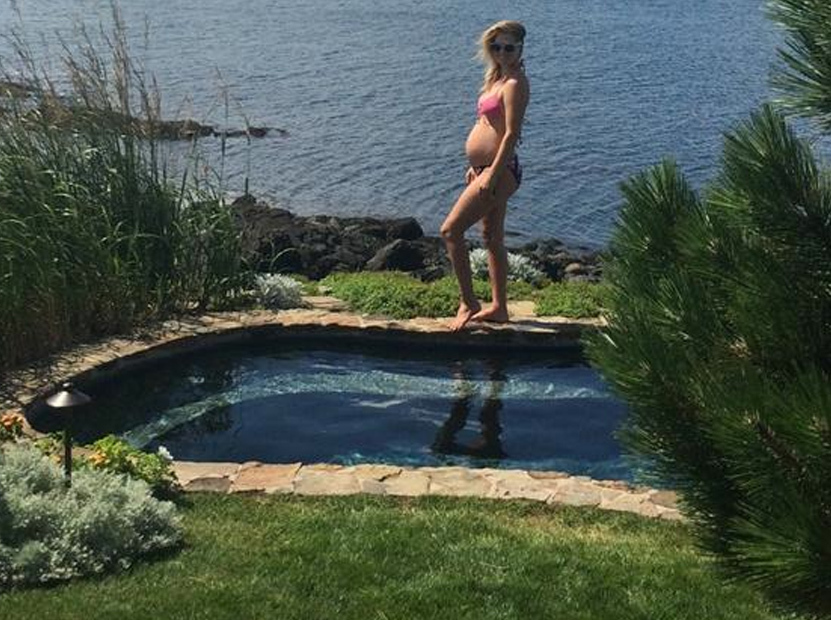 Ali Larter Puts Her Pregnant Bikini Bod on Display ...