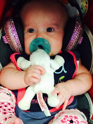 Kelly Clarkson Brings Baby River To Her First Concert -- See The Cute Pic!