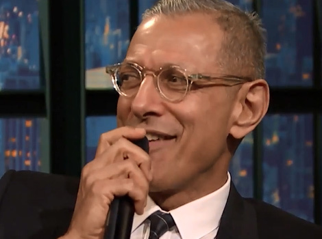 "Jeff Goldblum Sings Fan-Written Lyrics For ""Jurassic Park"" on ""Late Night"""