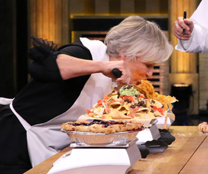 Glenn Close and Jimmy Fallon Compete in Face-Stuffing Competition!