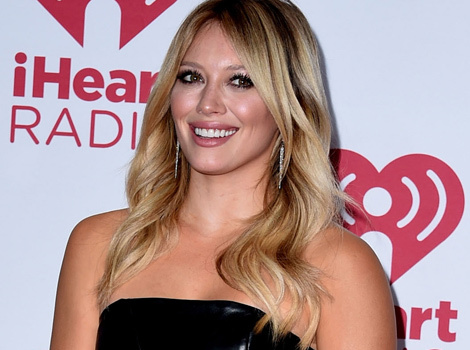 Hilary Duff Flaunts Cleavage (and Under Boob!) at iHeartradio Music Festival