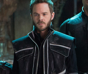 "Shawn Ashmore Says He's ""Disappointed"" Over Cut ""X-Men"" Scene, Teases Iceman's…"