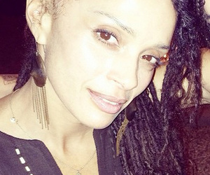 Lisa Bonet & Daughter Zoe Kravitz Could Be Twins!