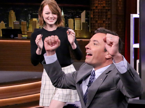 "Emma Stone Plays ""Box of Lies"" With Jimmy Fallon -- And It's Hilarious!"