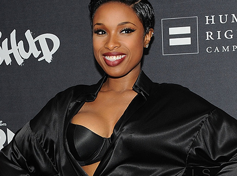 What the Heck Is Jennifer Hudson Wearing?!?