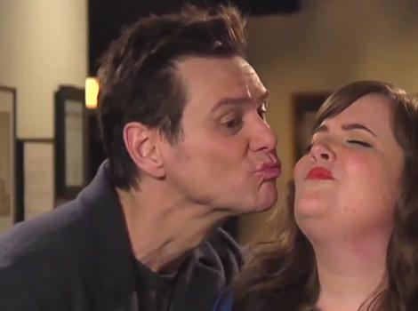 "Jim Carrey Reveals His New ""Girlfriend"" In Spooky ""SNL"" Promos"