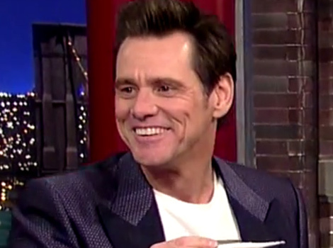 "Jim Carrey Tests David Letterman for Ebola on ""The Late Show"""