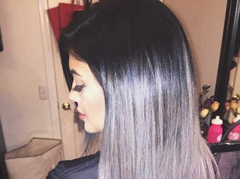Kylie Jenner Shows Off Gray 'Do Just In Time For Halloween!