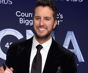 Luke Bryan, Miranda Lambert & More -- See 2014 CMA Awards Winners!