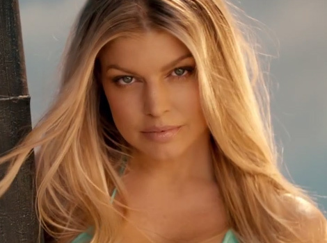 "Fergie Flaunts Amazing Bikini Bod in ""L.A. Love"" Music Video"